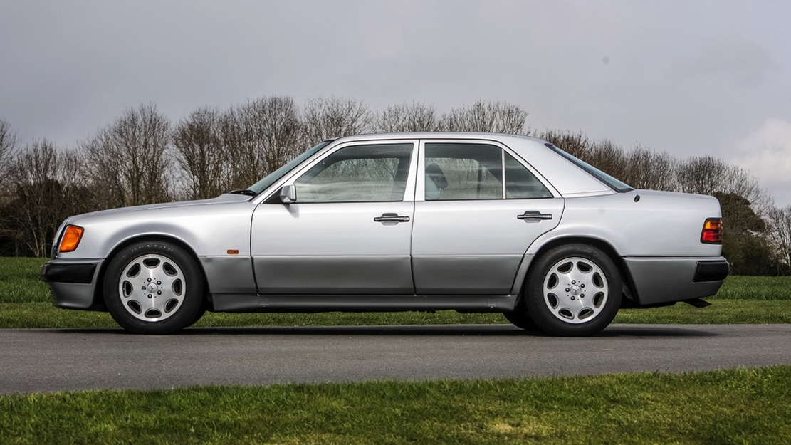 1991 Mercedes-Benz 500E owned by Rowan Atkinson