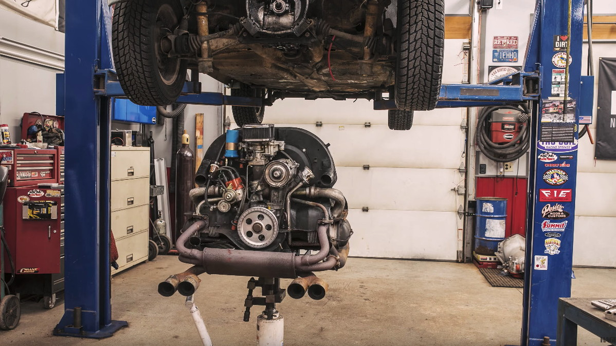 Engine Rebuild Shops Near Me >> Watch A Vw Beetle Engine Be Rebuilt In 6 Minutes