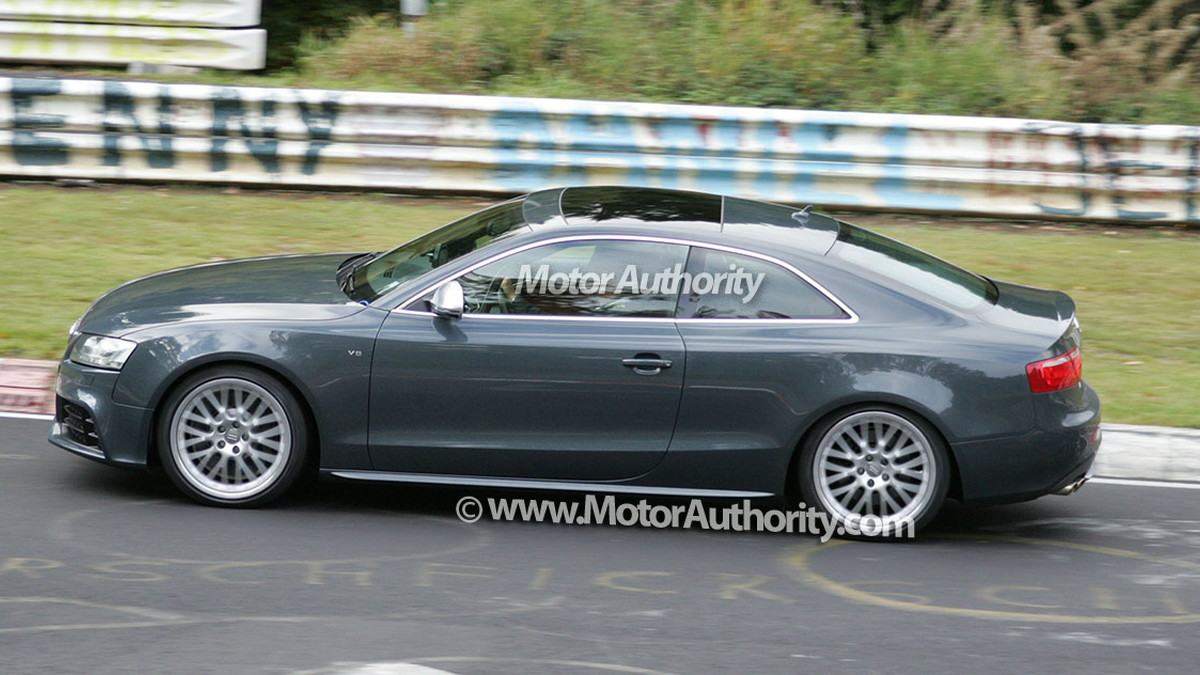 2010 audi rs5 spy shots 012