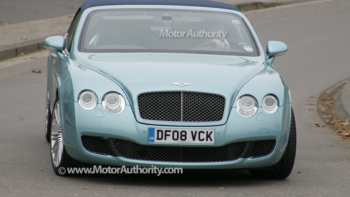 2010 bentley continental gtc speed spy shots oct 001