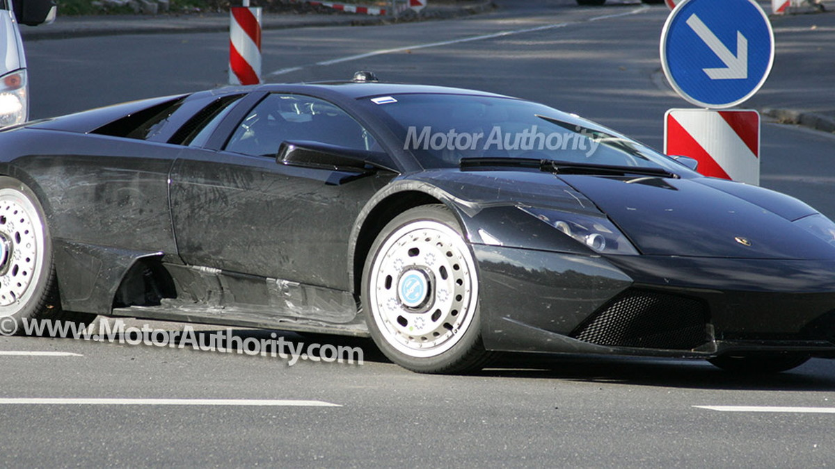 2011 next generation lamborghini murcielago spy shots oct 011