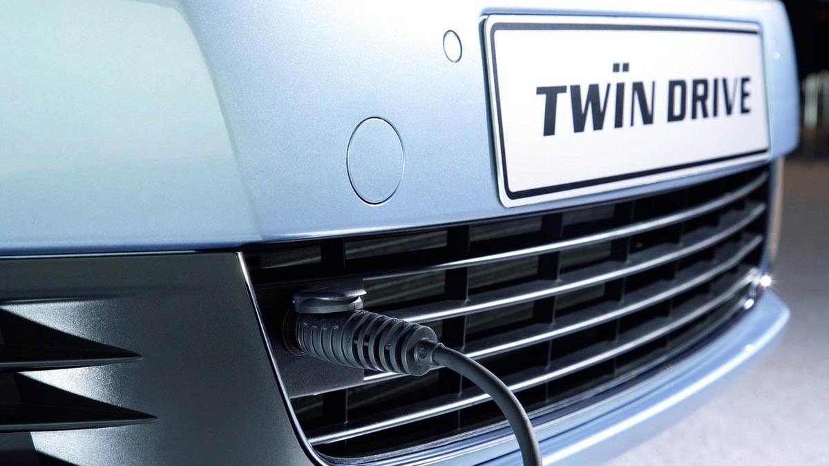 volkswagen mark vi golf twindrive 002 1