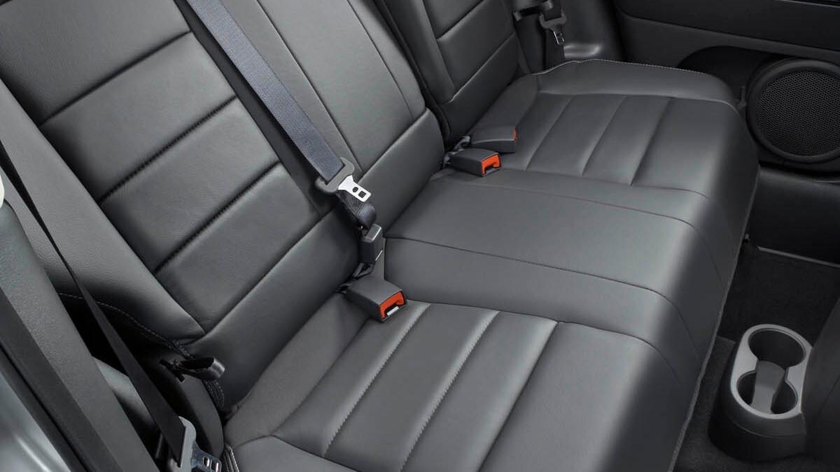2009 jeep interior redesign motorauthority 010