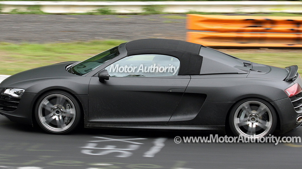 audi r8 spider spy shots nurburgring 005
