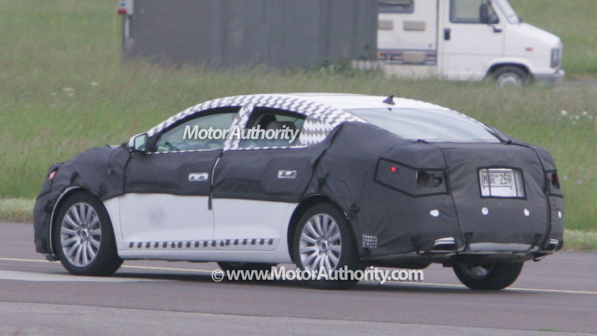 buick lacrosse spy motorauthority 005
