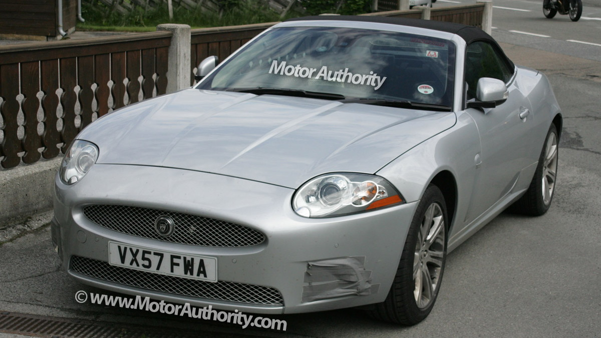 jaguar xk cabrio facelift motorauthority 001