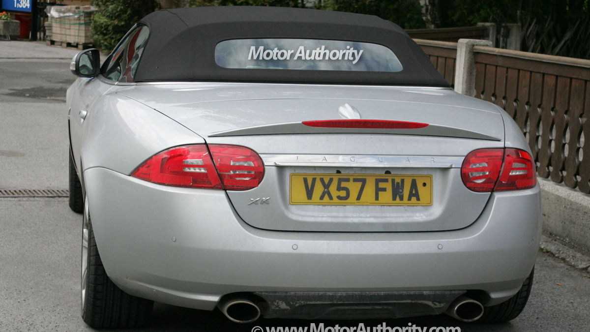 jaguar xk cabrio facelift motorauthority 005