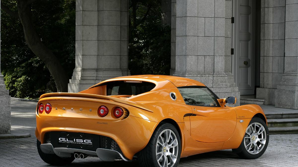 lotus supercharged elise sc motorauthority 002