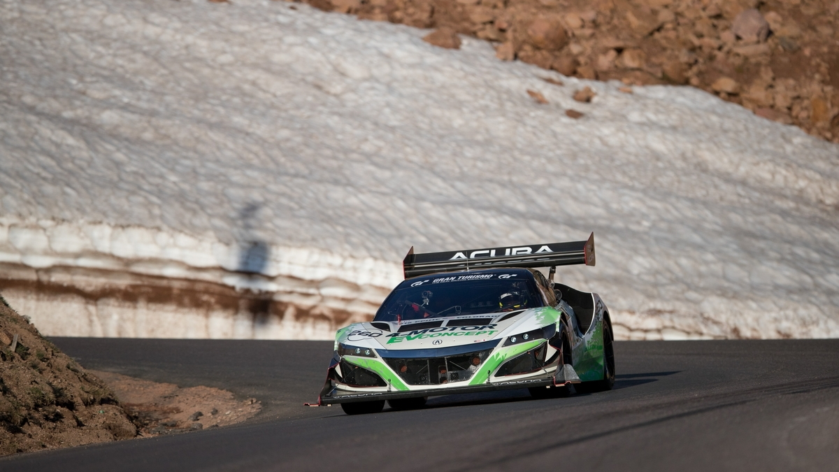 Acura 4-Motor EV Concept at the 2016 Pikes Peak International Hill Climb