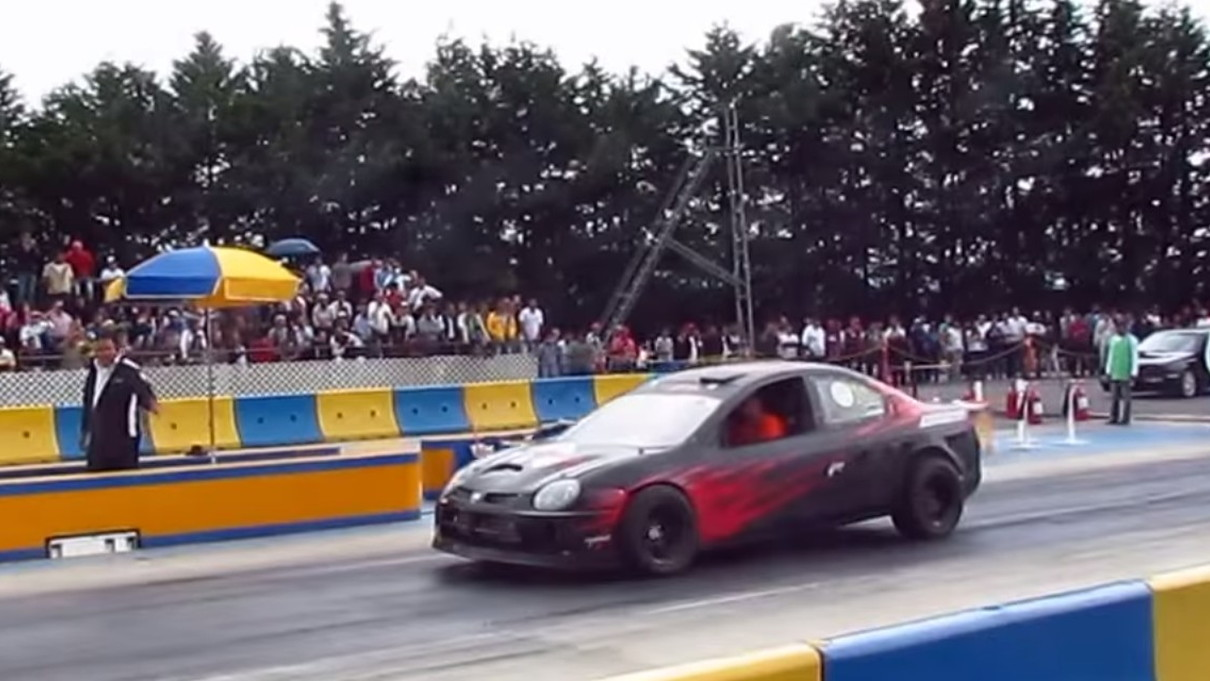 Lara Racing twin-engine Neon SRT-4
