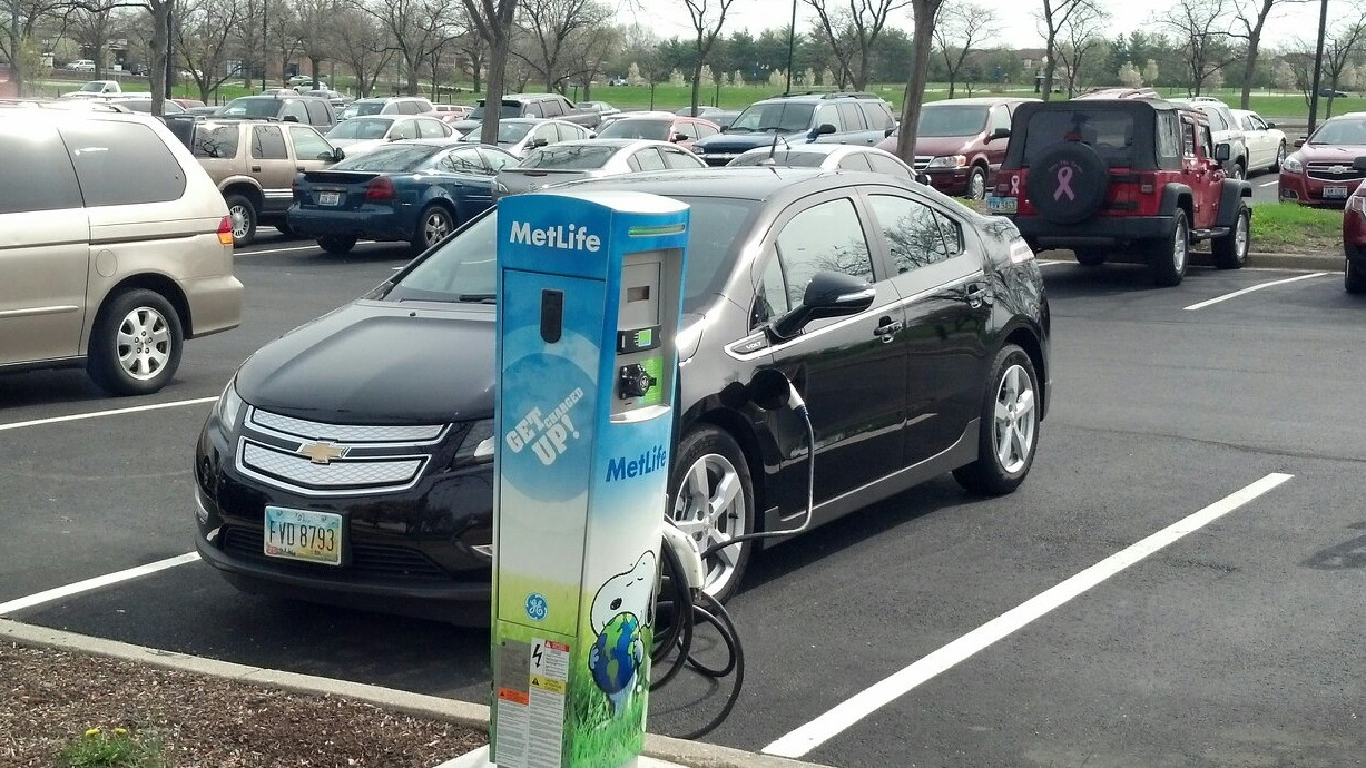 MetLife electric-car charging station for employee use - Dayton, Ohio