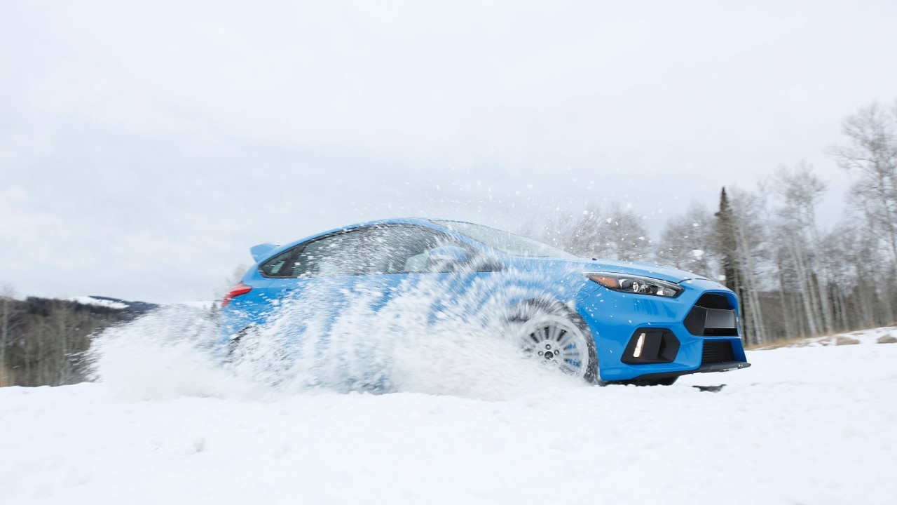 Ford Focus RS Winter Tire Package