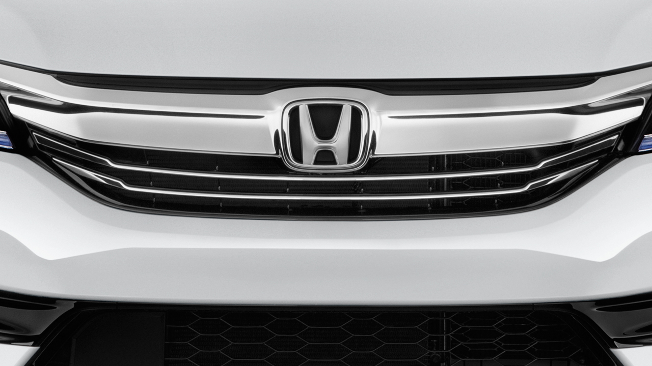 2017 Honda Accord Hybrid Sedan Grille