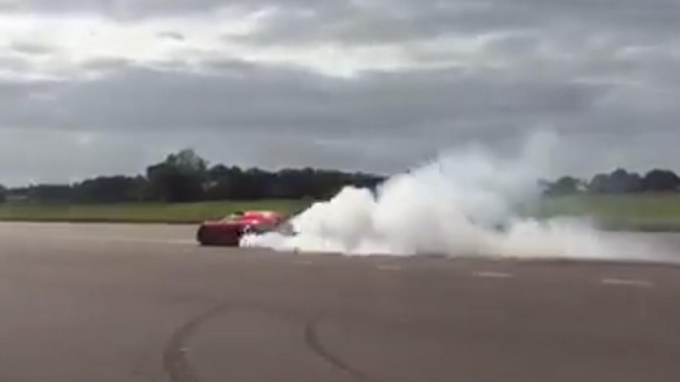 Koenigsegg Regera performs a rolling burnout