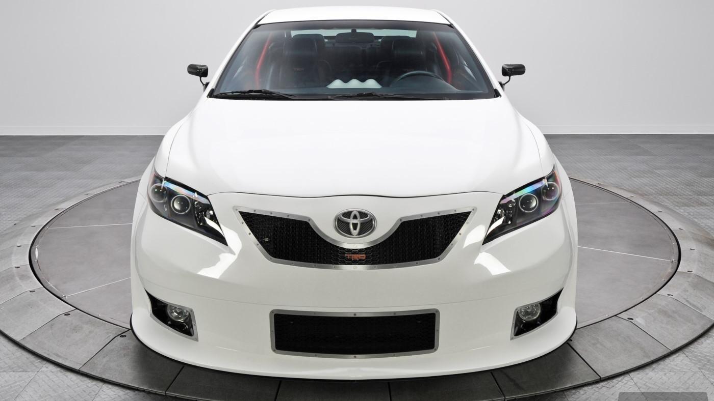 Ex-SEMA V-8 Toyota Camry (RK Motors Collector Car Auctions)