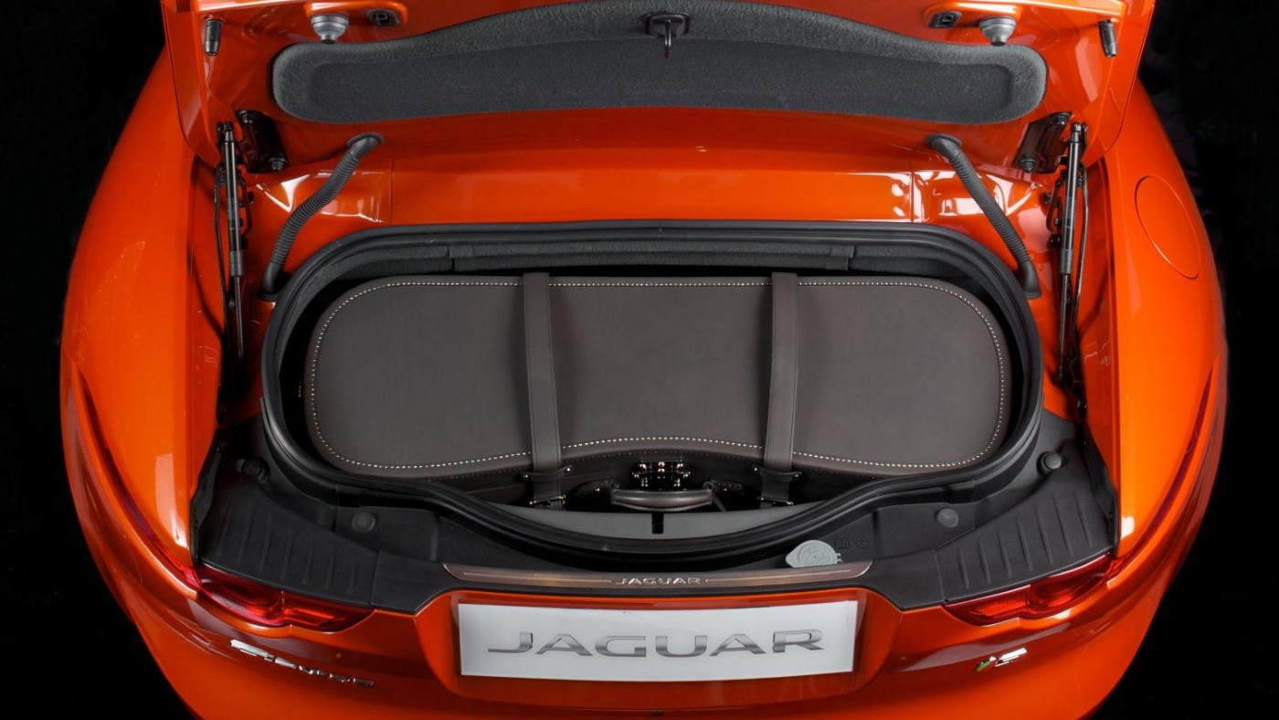 Moynat Jaguar F-Type luggage trunk