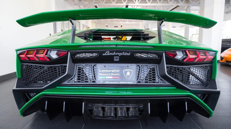 Lamborghini Aventador SV Miura Green