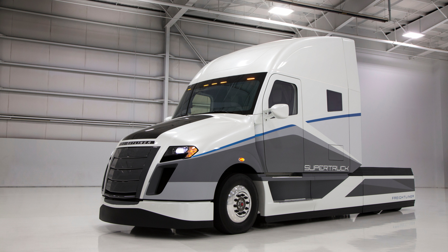 Daimler Trucks North America SuperTruck