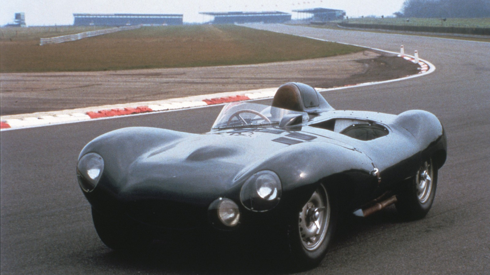 Jaguar celebrates 75th anniversary