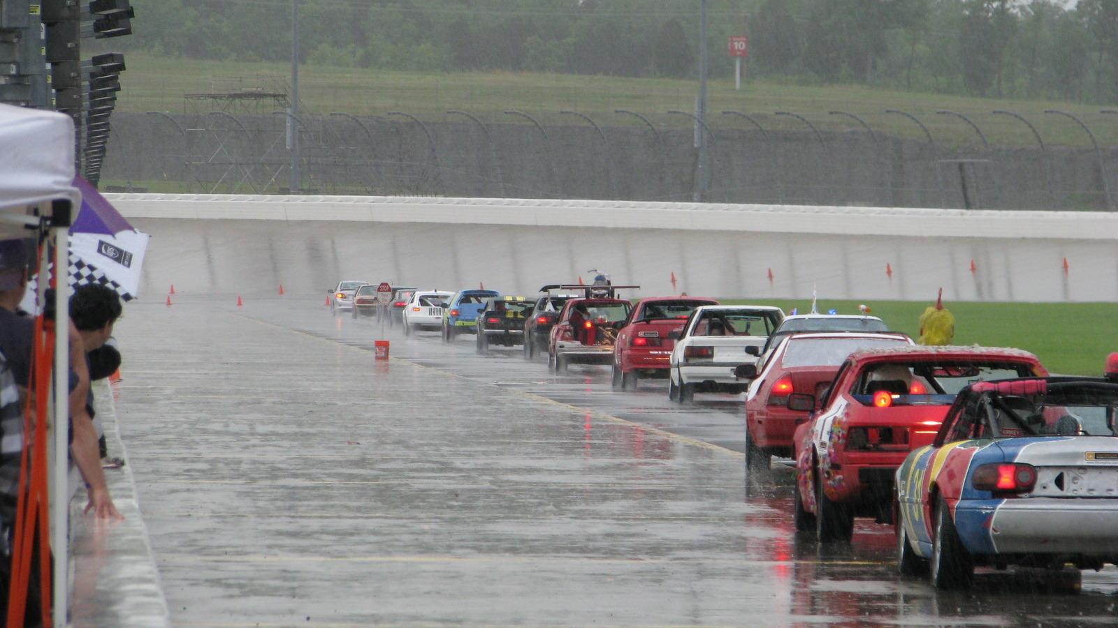 2010 Chumpcar Nashville Superspeedway, Round 1