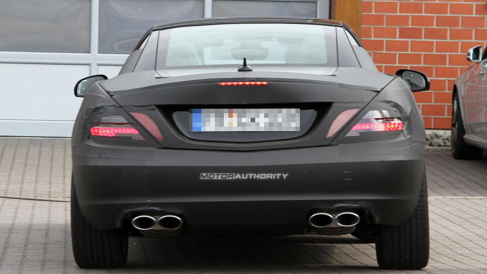 Spy Shots: 2012 Mercedes-Benz SLK AMG