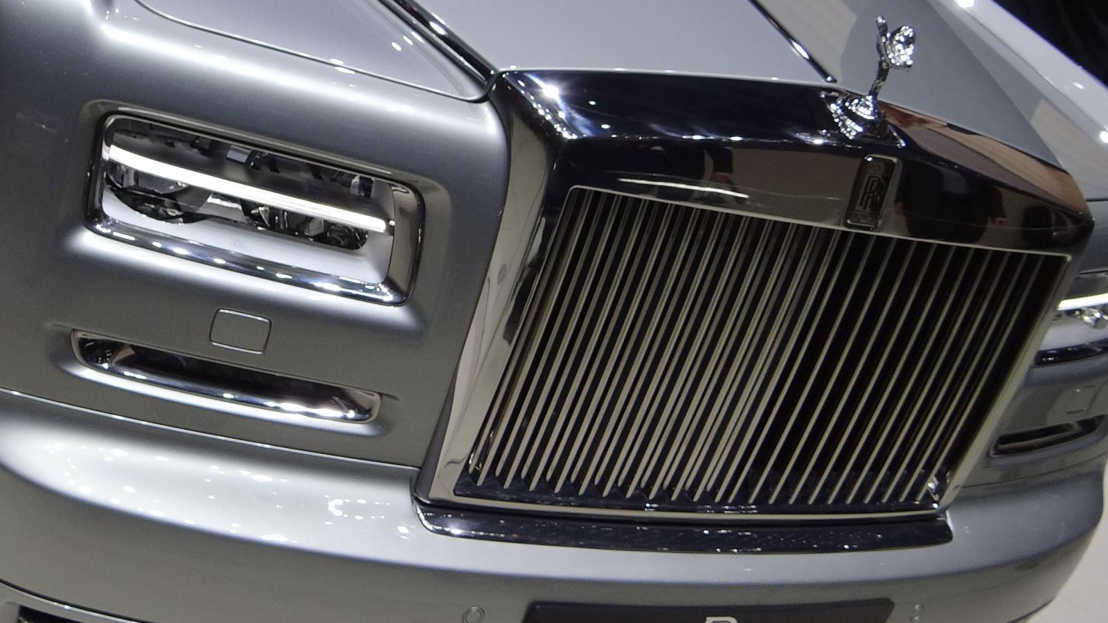 Rolls-Royce Phantom Series II live photos
