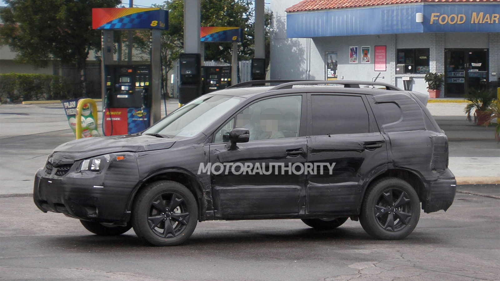 2014 Subaru Forester spy shots