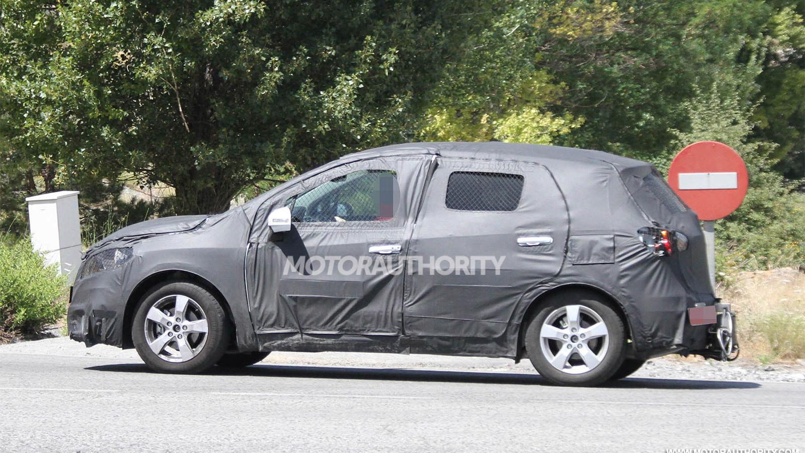 2013 Suzuki SX4 SportBack spy shots