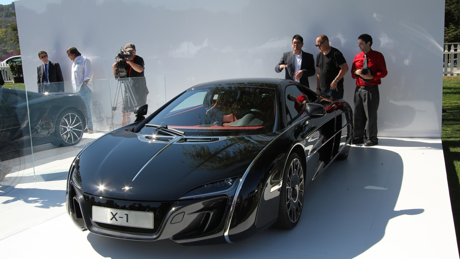 McLaren X-1