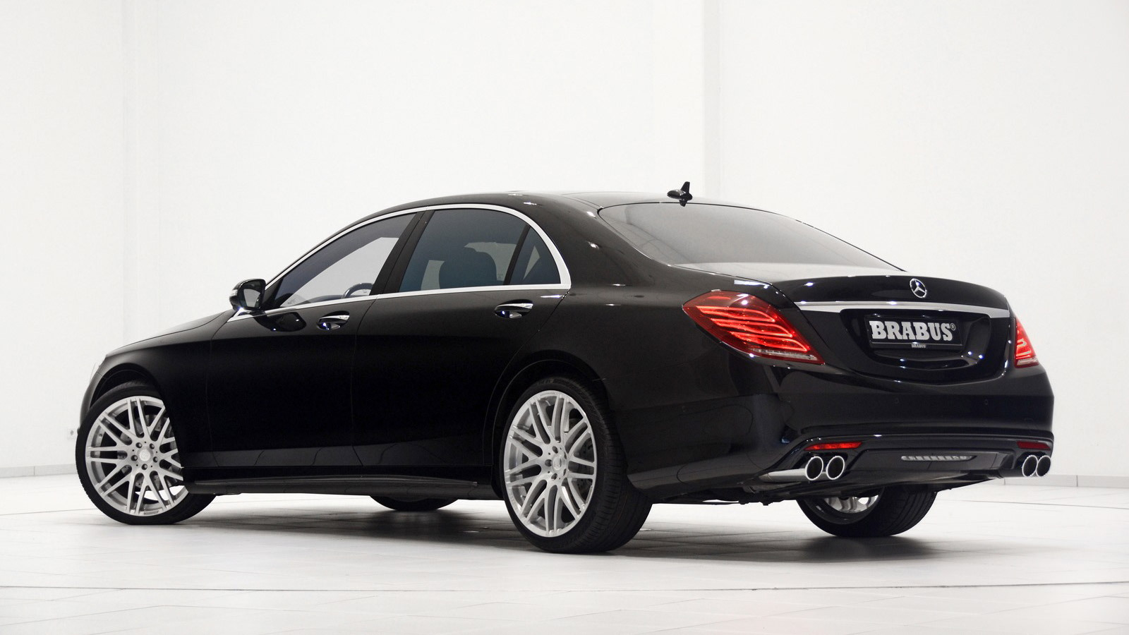 2014 Mercedes-Benz S-Class by Brabus