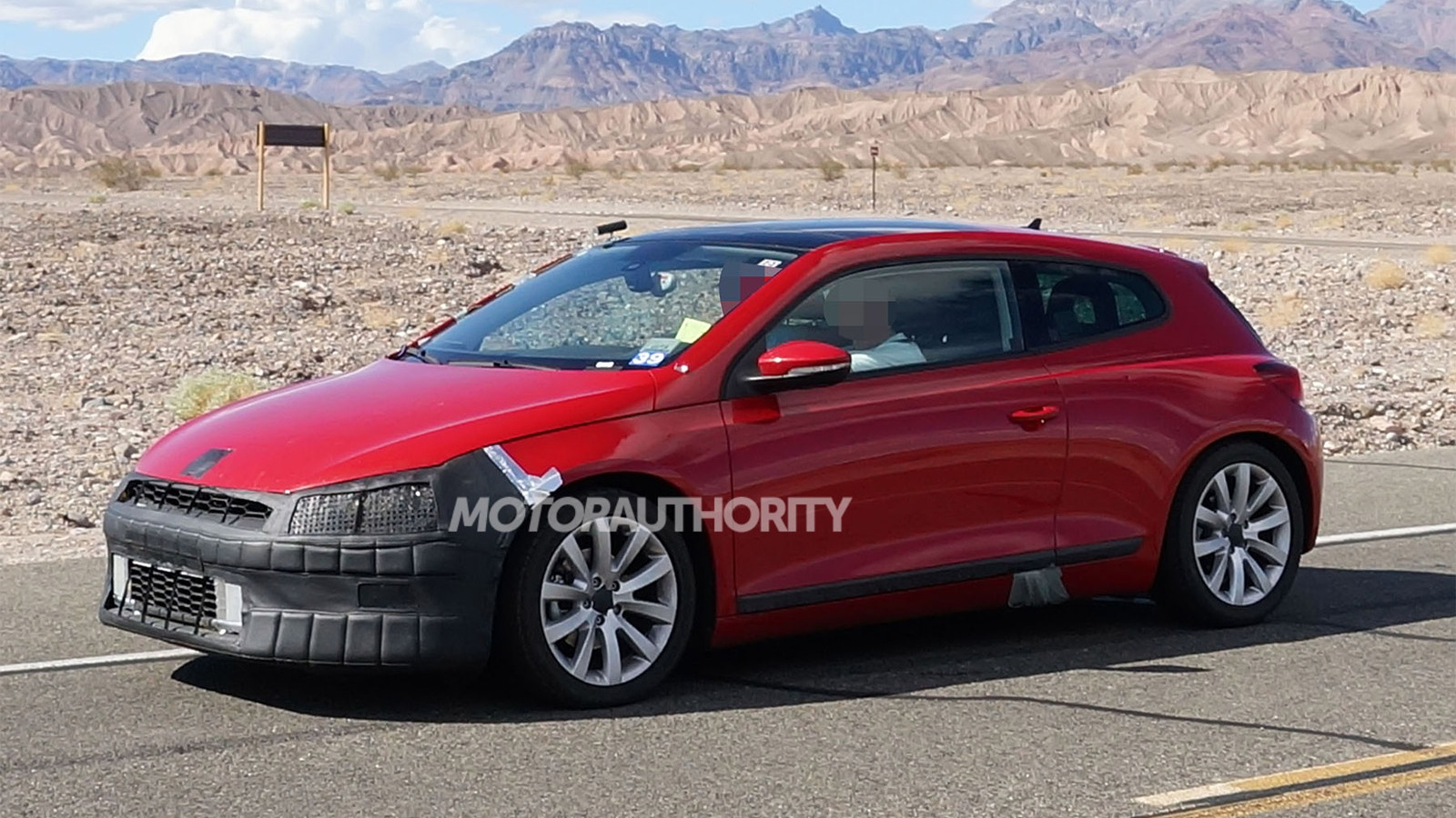 2014 Volkswagen Scirocco spy shots