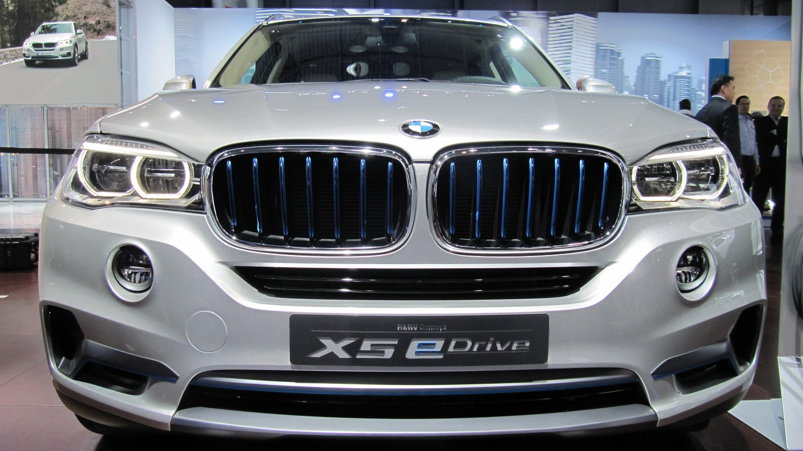 BMW Concept X5 eDrive at 2014 New York Auto Show