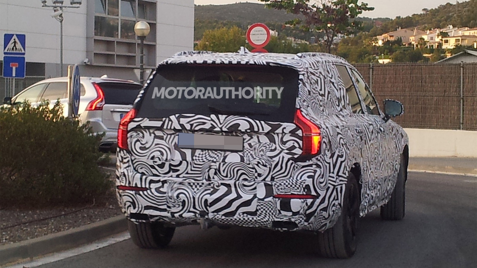 2015 Volvo XC90 spy shots