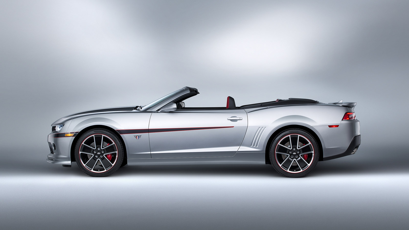 2015 Chevrolet Camaro Commemorative Edition Convertible