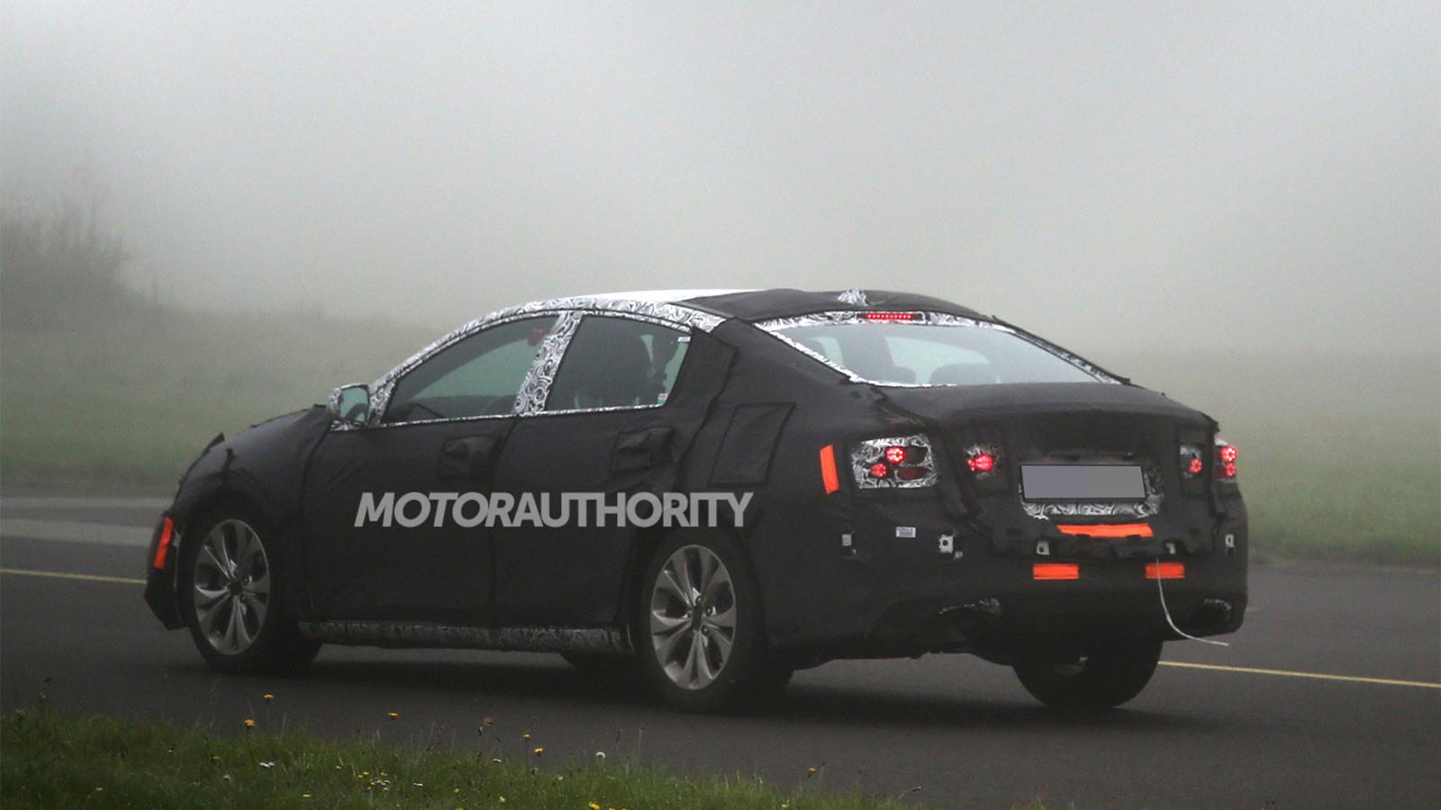 2016 Chevrolet Malibu spy shots