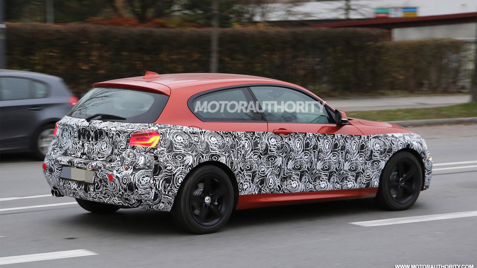 2015 BMW 1-Series Hatchback facelift spy shots