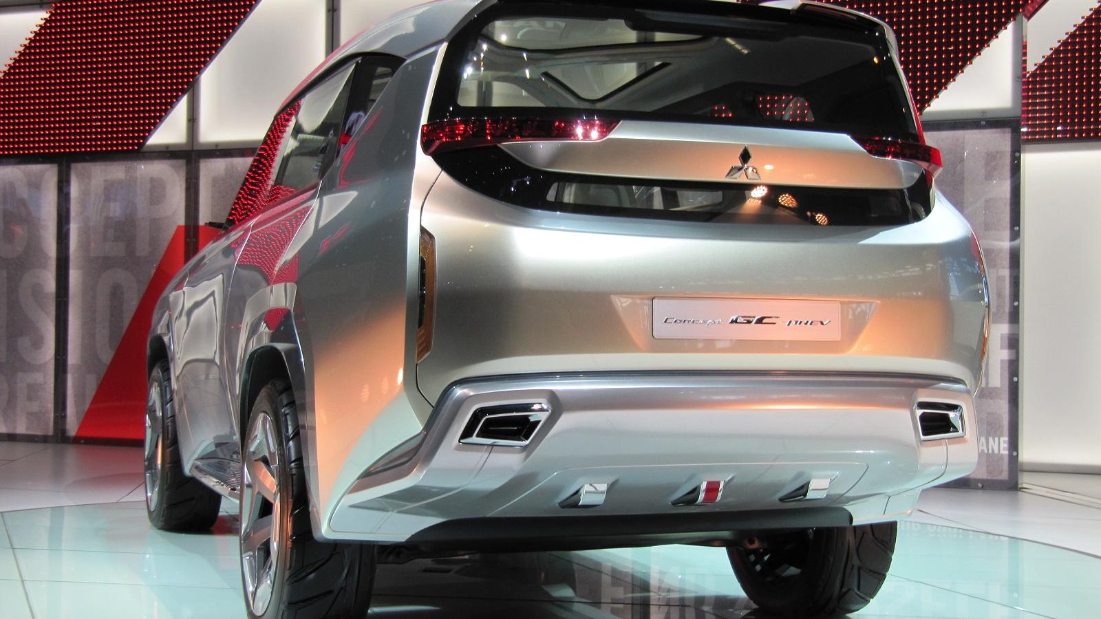 Mitsubishi Concept GC-PHEV, 2015 Chicago Auto Show