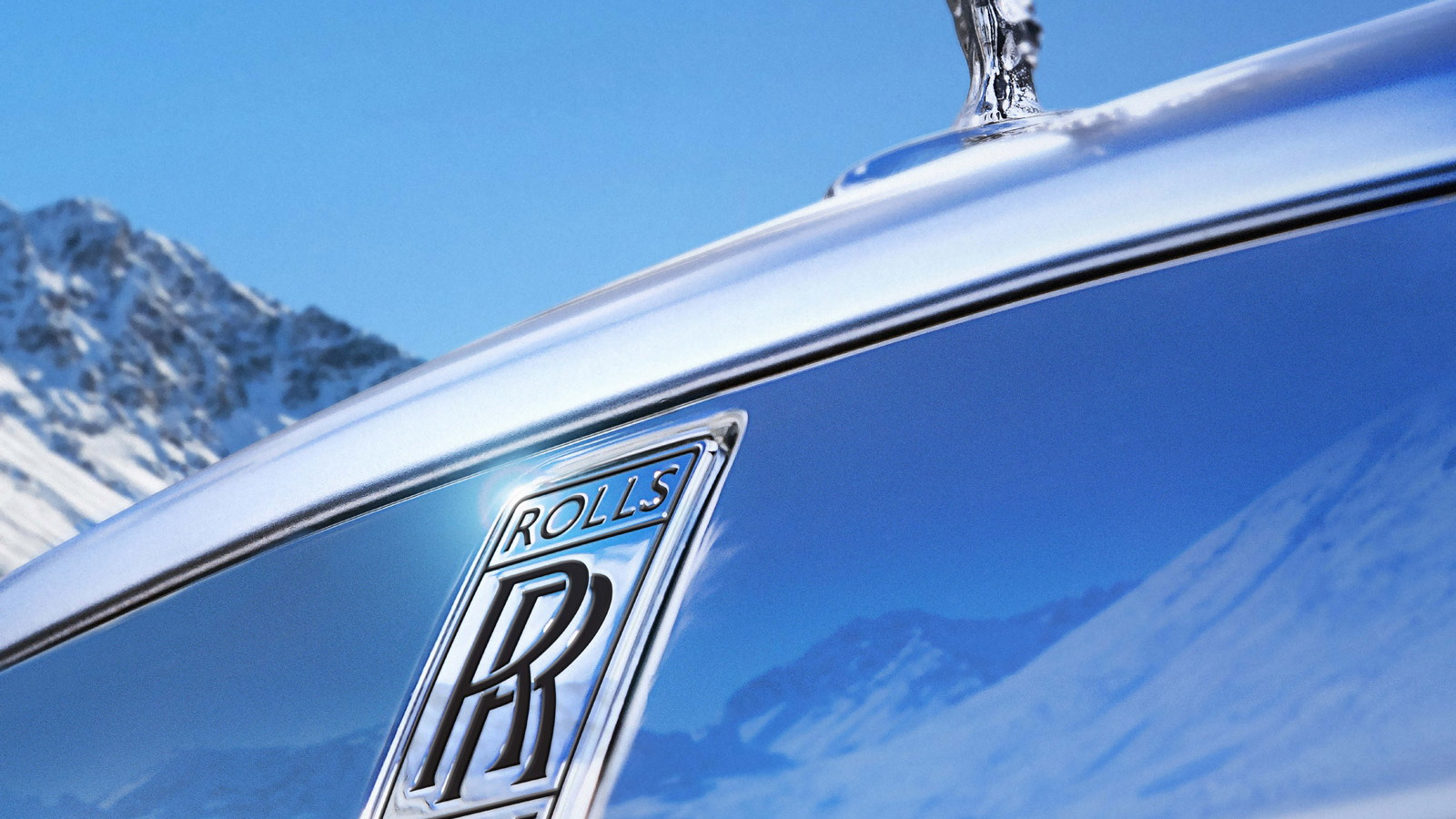 Rolls-Royce promises a vehicle that can that can cross any terrain