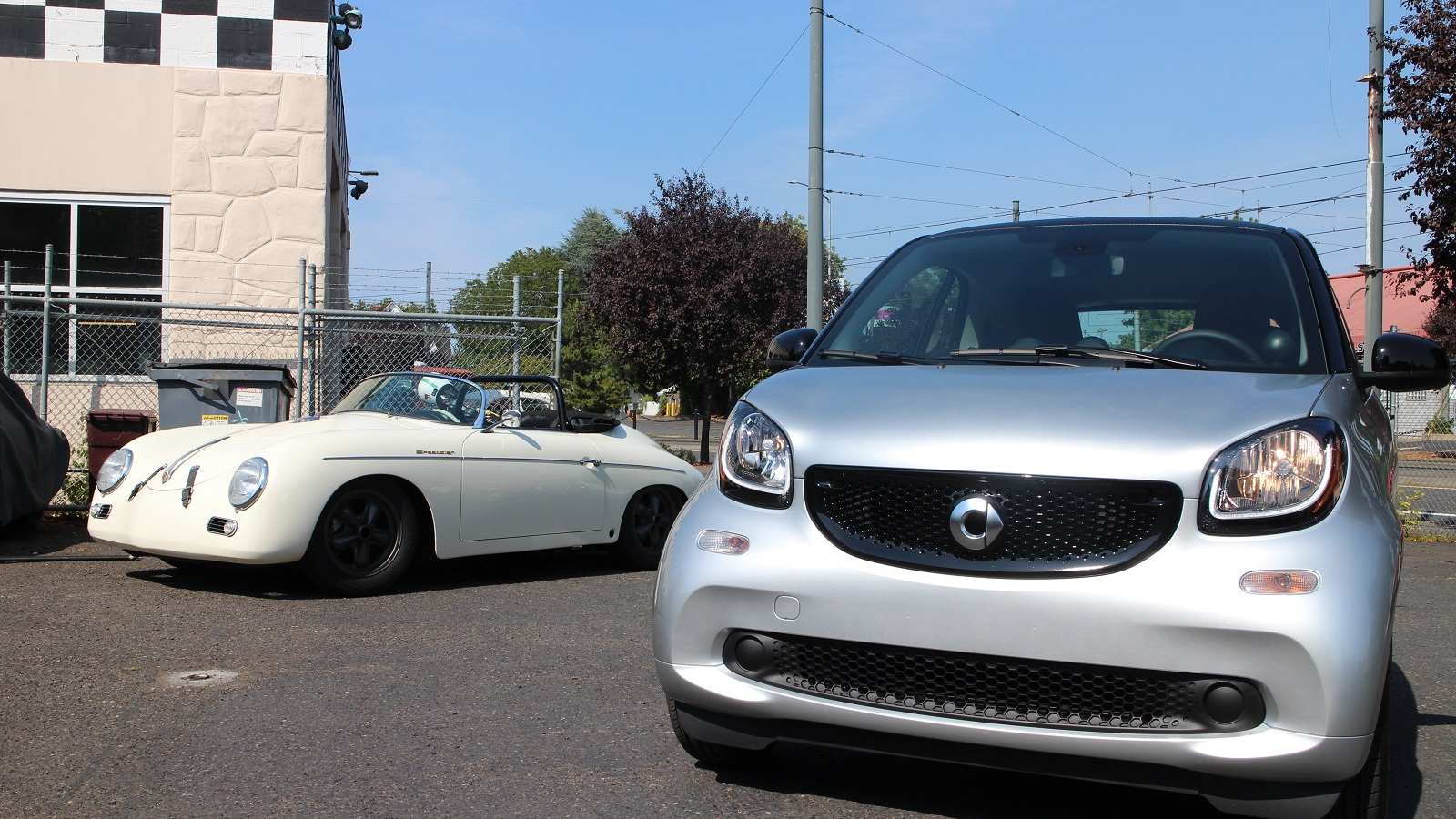 2016 Smart ForTwo minicar, parked next to another rear-engined car, Oregon, Aug 2015