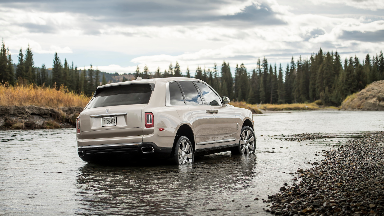 Rolls-Royce Cullinan Demand Outstrips Production Capacity