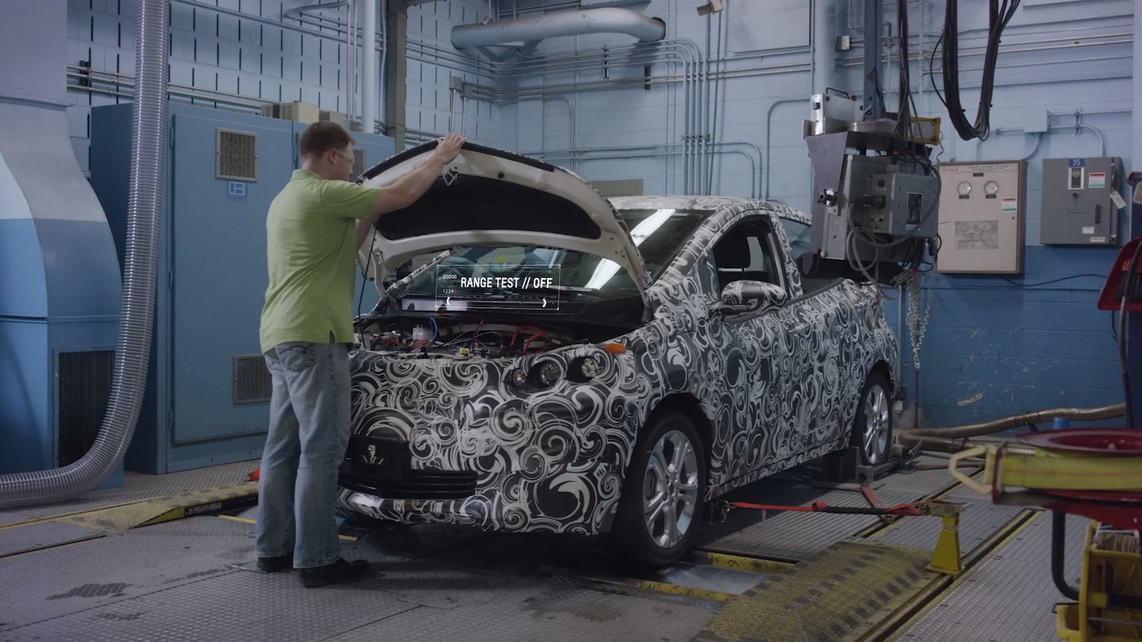 Chevrolet Bolt EV electric car development prototypes in testing, Jan-Jun 2015  [from GM video]