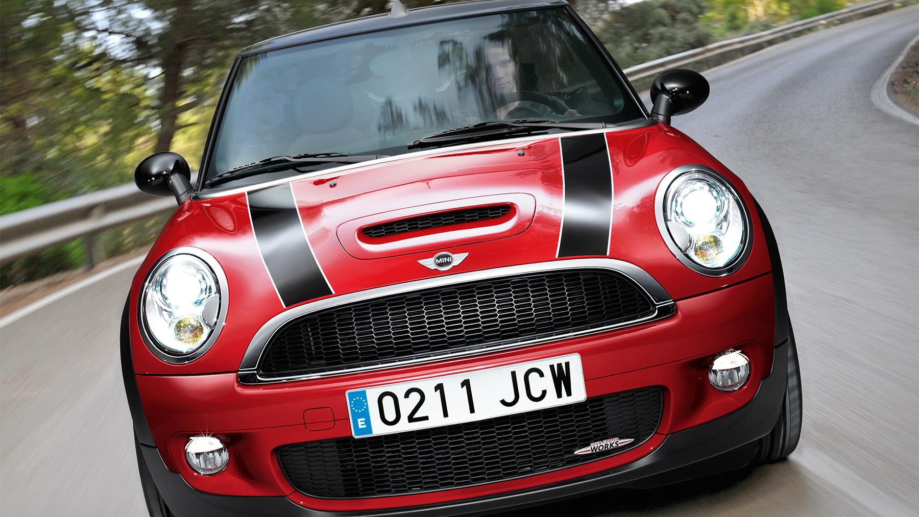 2010 mini cooper cabrio jcw 007