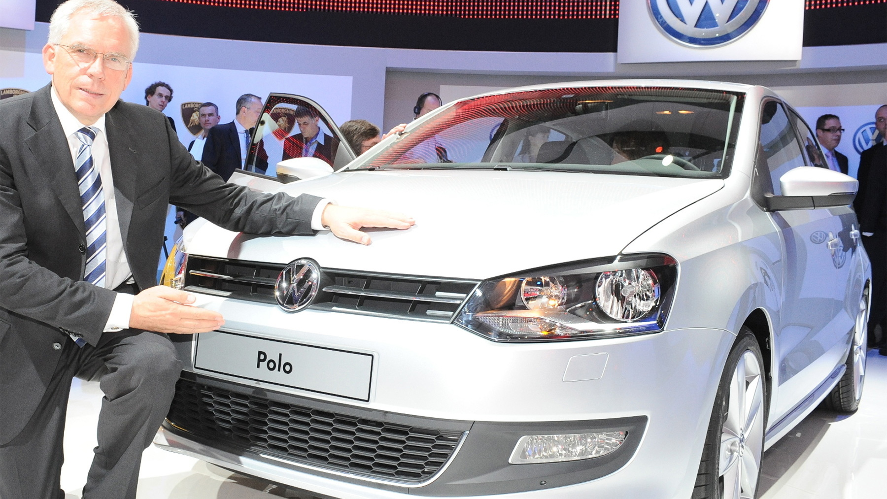 2010 volkswagen polo live 001