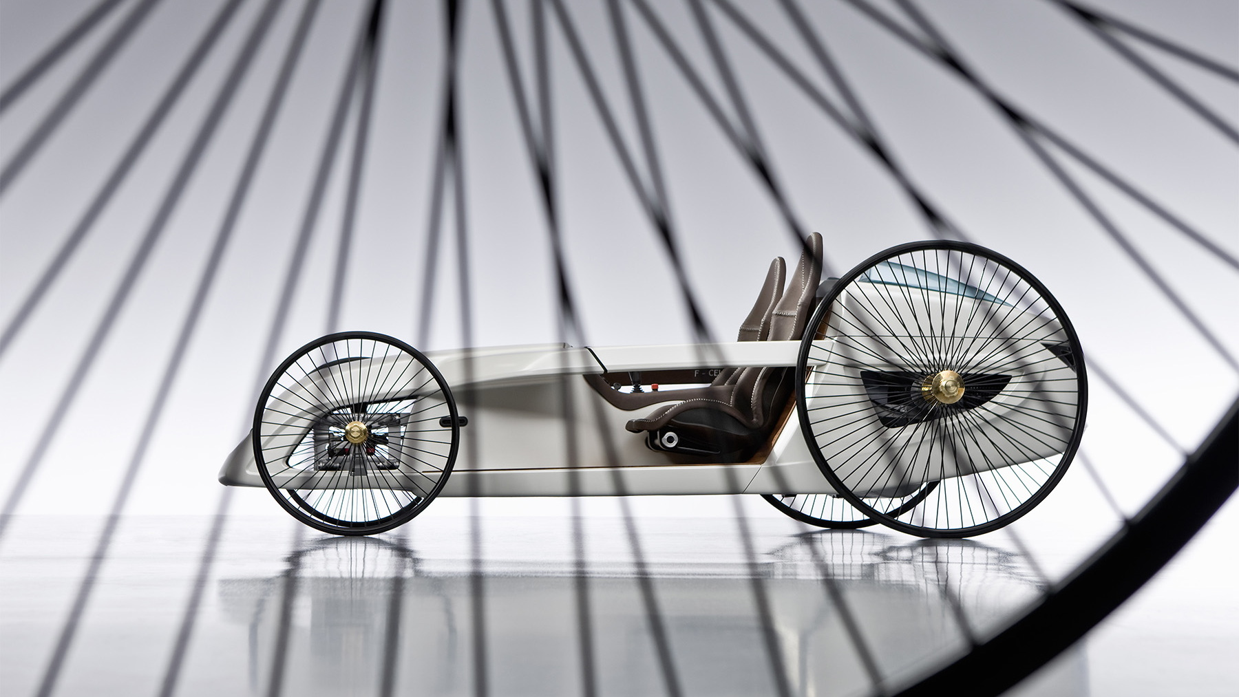 mercedes benz f cell roadster study 015