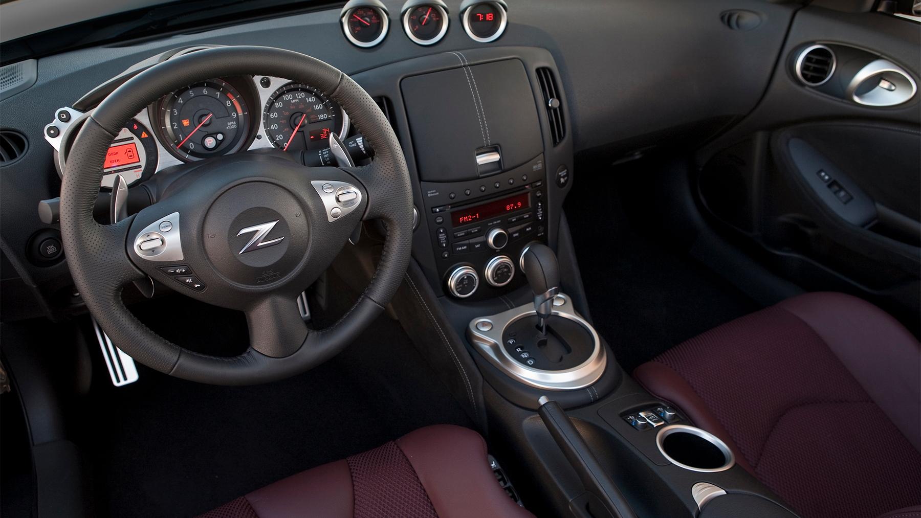 2010 nissan 370z roadster 016