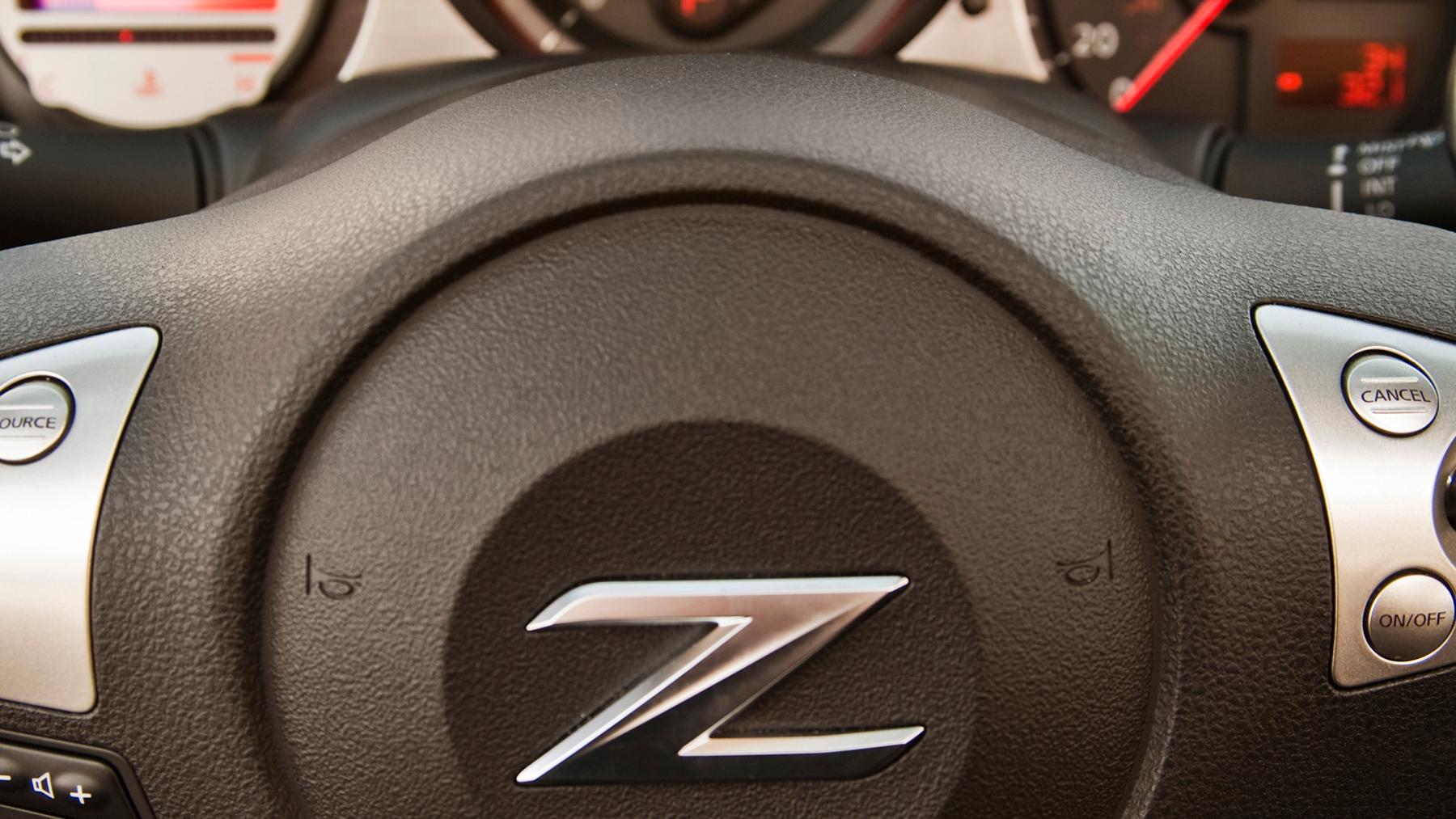 2010 nissan 370z roadster 020