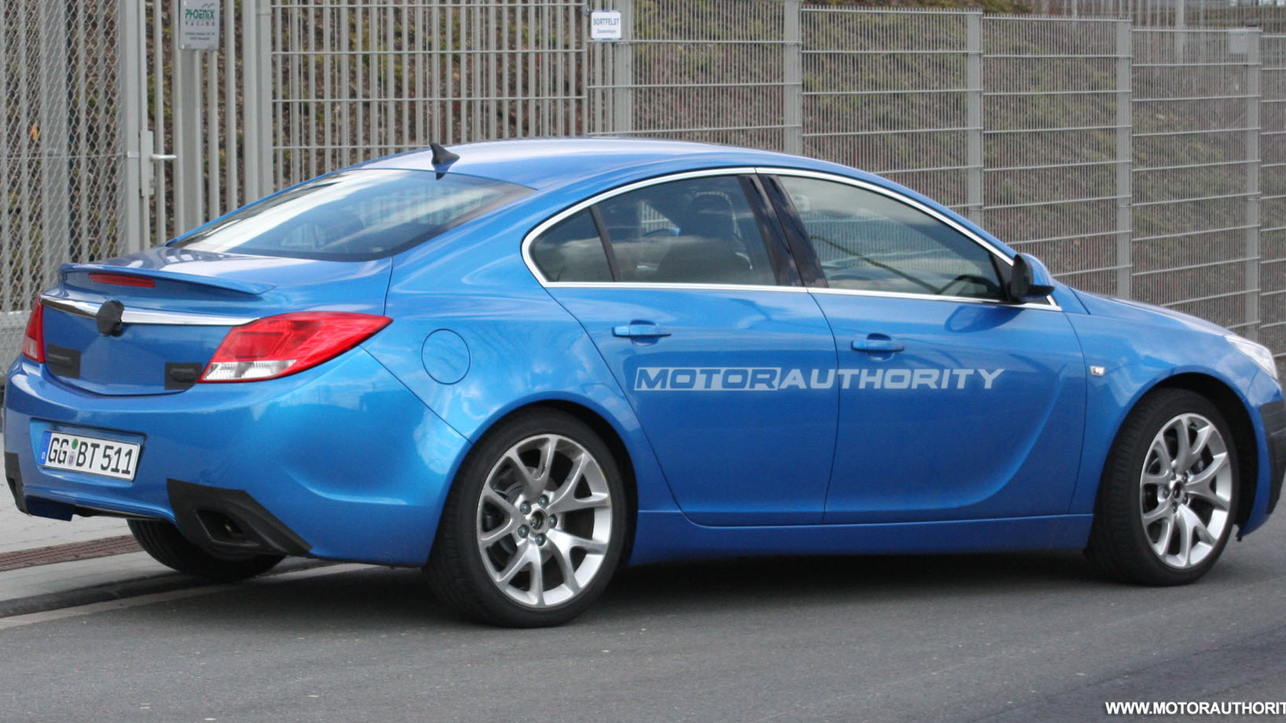 2010 opel insignia opc spy shots march 004