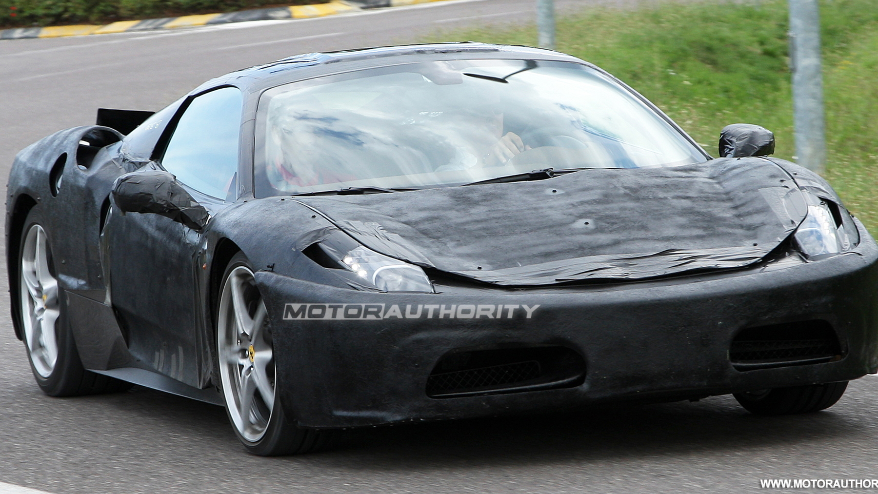 2011 ferrari f450 prototype spy shots july 002