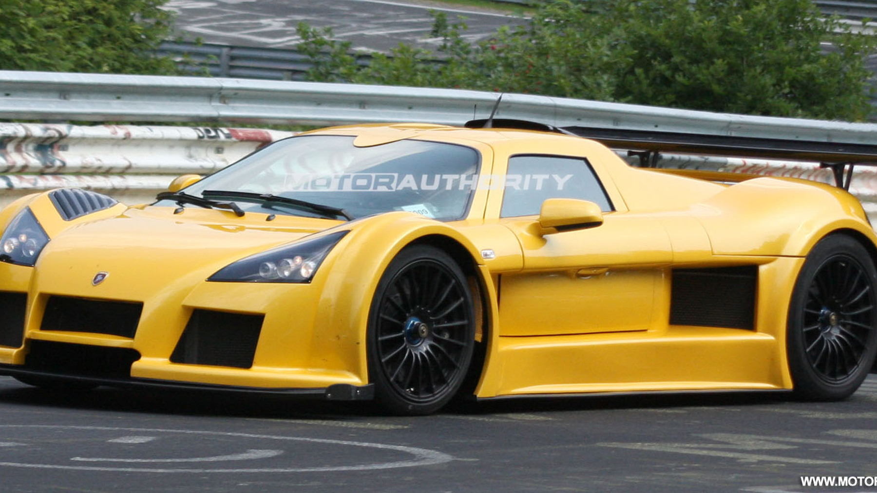 gumpert apollo speed spy shots june 002