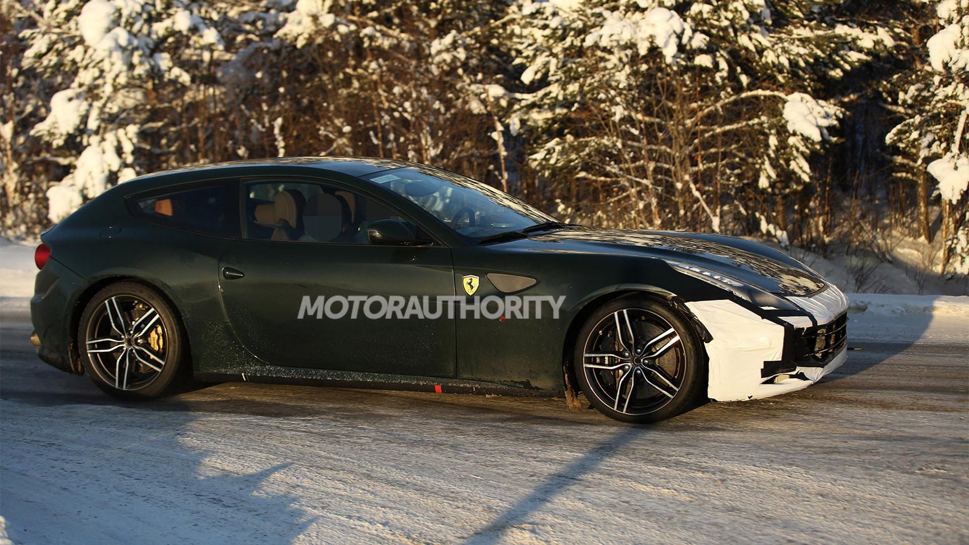 2016 Ferrari FF M spy shots - Image via  S. Baldauf/SB-Medien